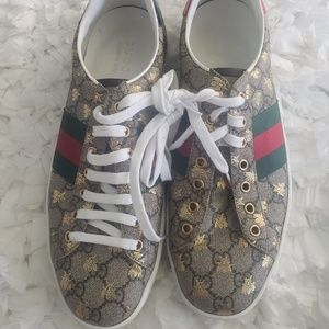 Gucci - Ace GG Supreme Sneaker with Bees, 10.5 Us